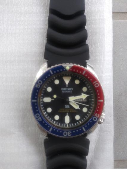 Relógio Seiko Diver`s 200m - Professional - Quartzo