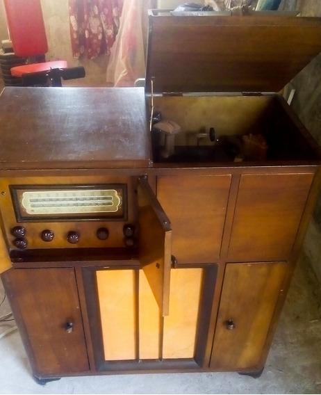 Tocadiscos Combinado Radio Am/oc Valvular Mueble--no Envio--