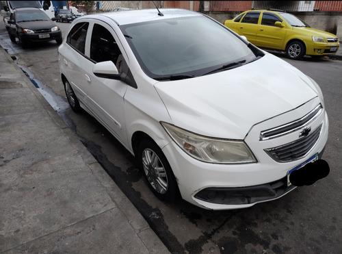 Imagem 1 de 5 de Chevrolet Onix 2014 1.0 Ls 5p
