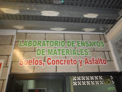 Laboratorio Para Estudios De Suelo, Concreto Y Asfalto
