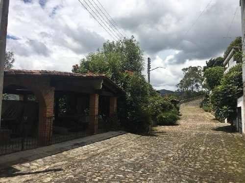 Venta De Casa En Valle De Bravo, El Escondrijo.