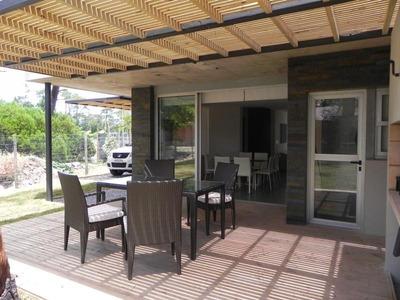 Casa En Alquiler Temporal O Anual, Punta Del Este, Maldonado