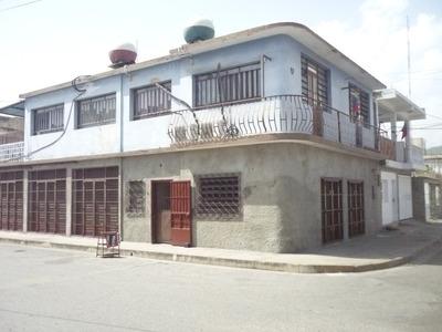 Apartamentos 2 Mas 4 Locales, Puerto Cabello.