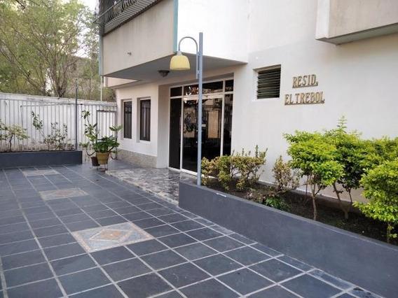 Apartamento En Venta Urb. Calicanto - Maracay 20-19053hcc