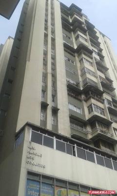 Apartamento En Venta. Residencias Los Coquitos Los Teques Kh