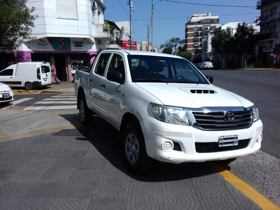 Toyota Hilux Doble Cabina 2.5 Cd Dx Pack 120cv 4x2