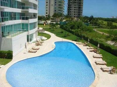 Lujo Penthouse Condo En Isola En Renta/venta C2207
