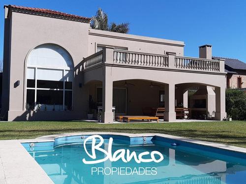 Imagen 1 de 27 de Espectacular! Impecable Casa De Dos Plantas Dentro Del Barrio Cerrado Los Pilares