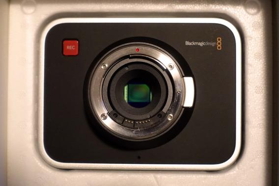 Câmera Blackmagic Cinema 2.5k Raw