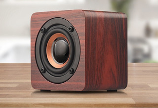 Parlante Bluetooth Inalámbrico Madera Subwoofer Q1