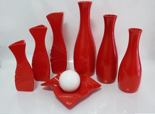 Imagem 1 de 4 de Conjunto Em Cerâmica - Jogo De Vasos + Fruteira Vermelha