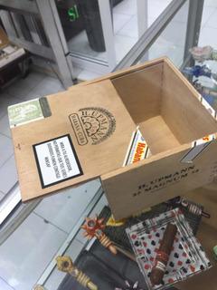 Caja H Upman 54 Coleccionable