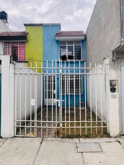 Remato Casa Por Urgencia Personal Bien Ubicada En Puebla
