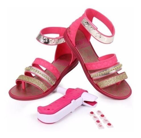 Sandália Infantil 21210 Barbie Pink E Aplicador De Strass