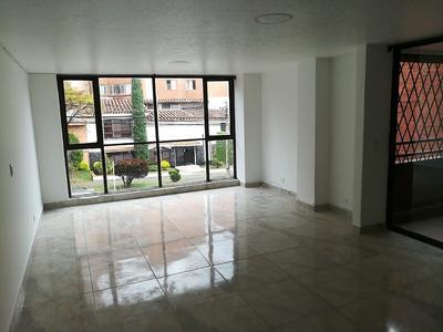 Apartamento Laureles. Excelente Sector, Cerca De Pepe Ganga