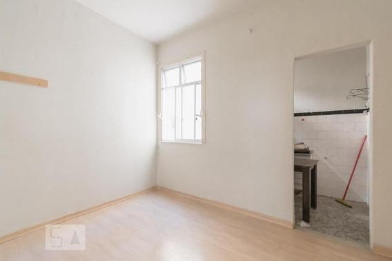 Apartamento No 2º Andar Com 1 Dormitório - Id: 892948354 - 248354