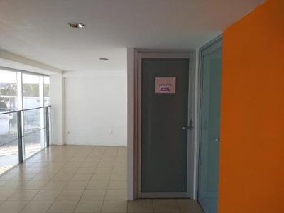 Local Comercial En Renta Fracc Privada Juriquilla
