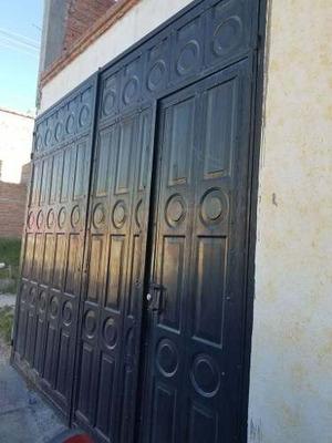 Casa En Fracc. Mirador De Las Culturas, Al Oriente.