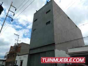 19-14238 Amplio Edificio Industrial En Prado De Maria