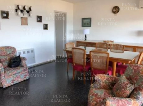 Apartamento Duplex En Venta En Playa Mansa- Ref: 308