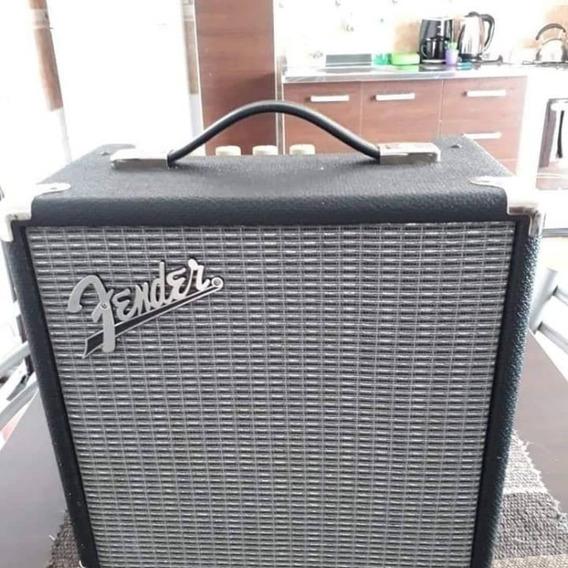Fender Rumble De 15 Y Bajo Leonard