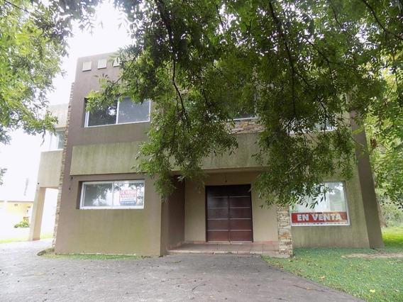 2438 - Country El Nacional - Casa Minimalista 3 Dormitorios