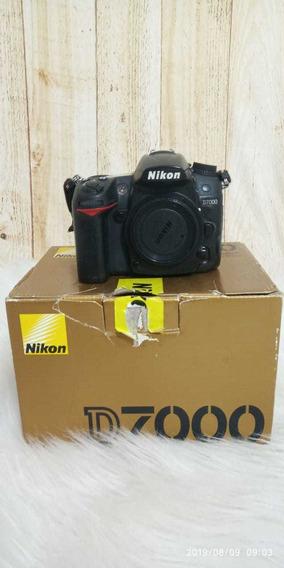 Kit Câmera Nikon D7000 +lente G 35.mm 1.8 Nikon +lente 50 M