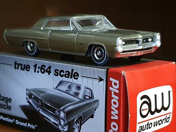 Pontiac Grand Prix 1964 - Auto Worid 1/64