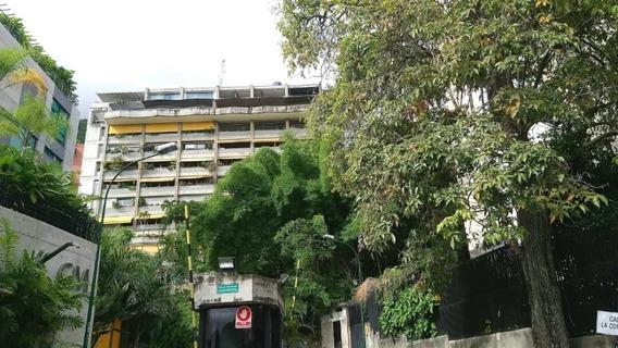 Bello Apartamento En Alquiler Altamira