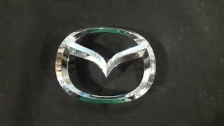 Emblema Delantero Mazda
