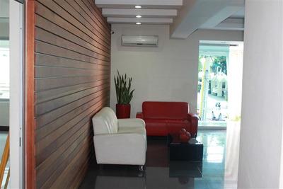 Apartamento En Evaristo Morales 2 Hab.