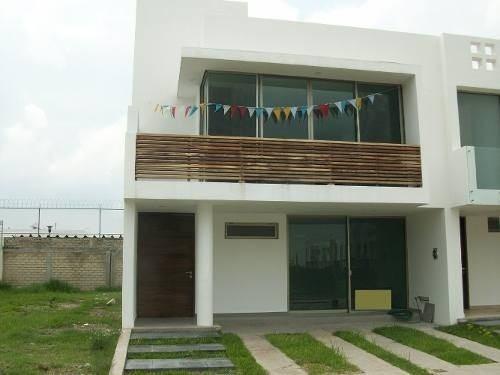 Casa En Venta Punto Sur Tlajomulco De Zuñiga $ 4´400,000.00