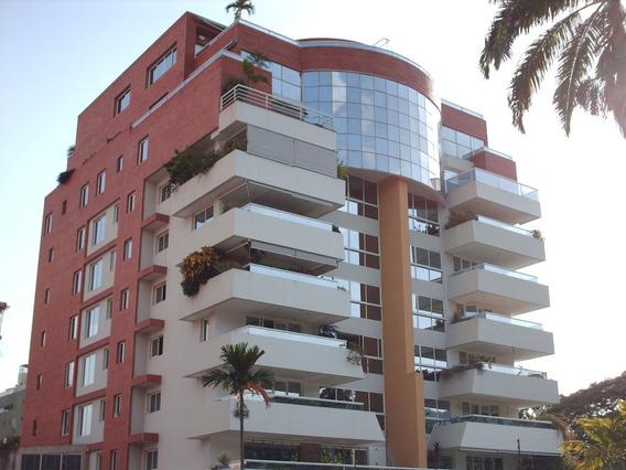 Apartamento La Arboleda / Ovidio Gonzalez / 04163418694