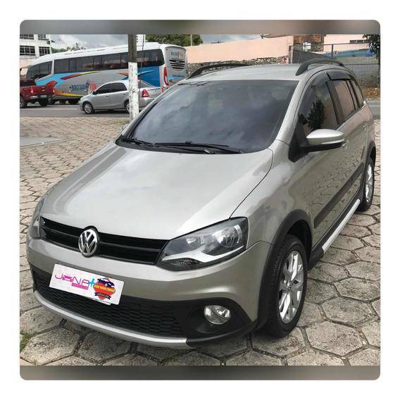 Volkswagen Space Cross 1.6 Total Flex I-motion 5p 2013