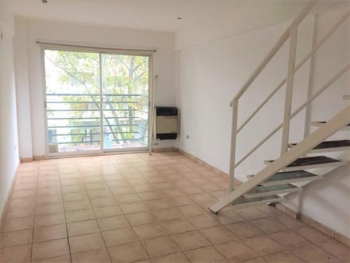 Venta Loft / Duplex En Villa Crespo 2 Ambientes + Balcón