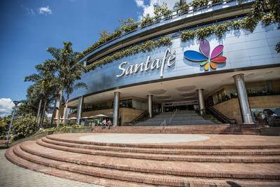 Local Centro Comercial Santafe- Medellín.