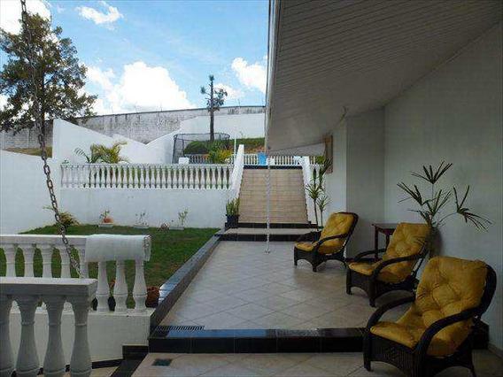 Casa Em Jacareí Bairro Jardim Coleginho - V1842