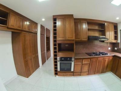 Apartamento En Arriendo En Rosales 18-109 Rb