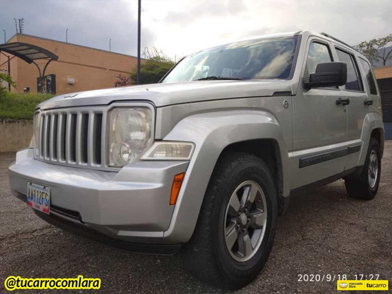 Jeep Cherokee Sport Sincrónico 4x4