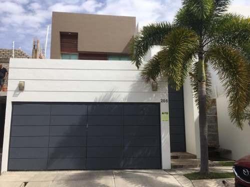 Renta De Casa En Esmeralda Norte Colima