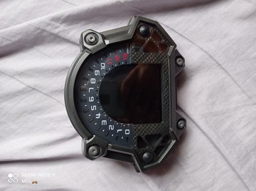 Imagem 1 de 4 de Kawasaki Z900