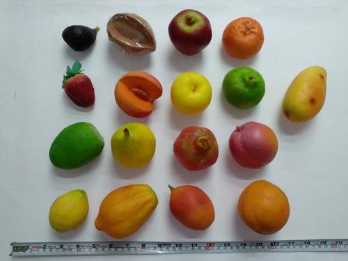 20 Miniaturas 100% Reales:frutas, Verduras Y Pan De Plástico
