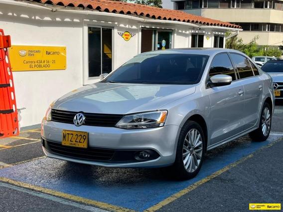 Volkswagen New Jetta Trendline At 2500
