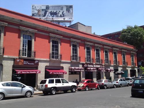 Imagen 1 de 2 de Magnífico Local Comercial  Junto Al Paseo De La Reforma