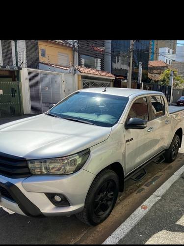 Imagem 1 de 9 de Toyota Hilux 2018 2.7 Srv Cab. Dupla 4x2 Flex Aut. 4p