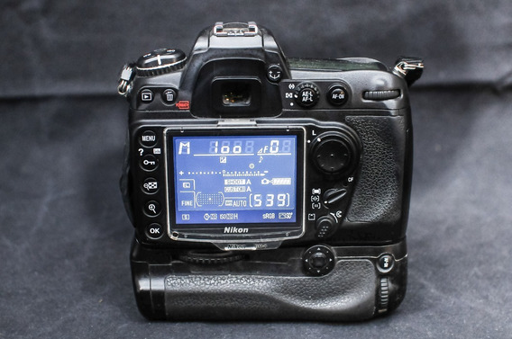 Câmera Nikon D300
