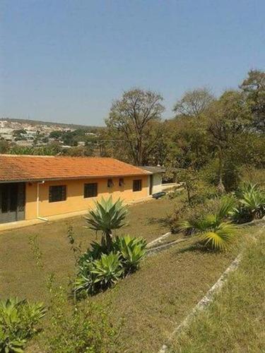 Excelente Chácara Em Pedro Leopoldo - Dentro Da Cidade- Toda Cercado -02 Casas- 40 Klm De Belo Horizonte- 17.400 M2 - 65