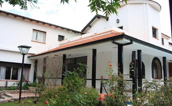 Se Vende Hotel Sol Y Sierras En El Centro De La Falda