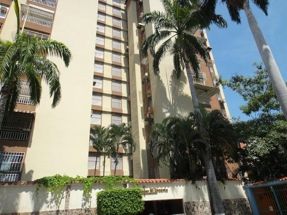 Apartamentos En Venta / Andrews Rivero 04124959888.