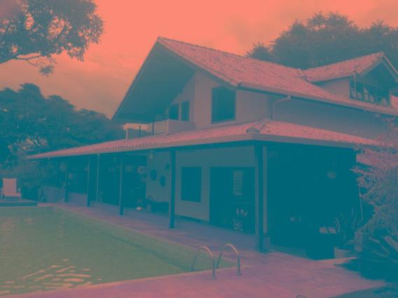 Casa Em Condomínio Com 4 Quartos Para Comprar No Cond. Estância Da Mata Em Jaboticatubas/mg - Blv5032